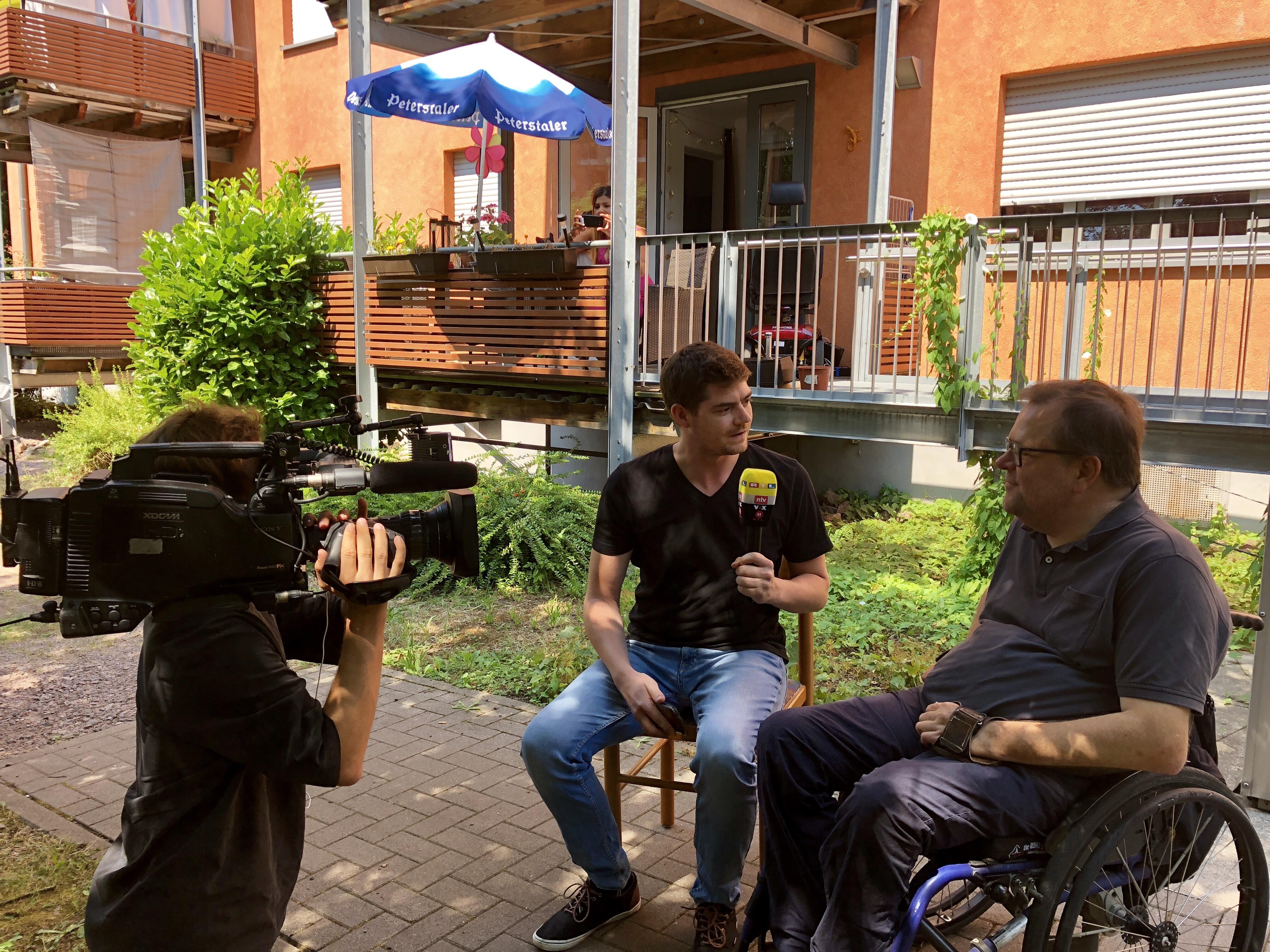 Fernsehinterview in Landau mit Matthias Rösch