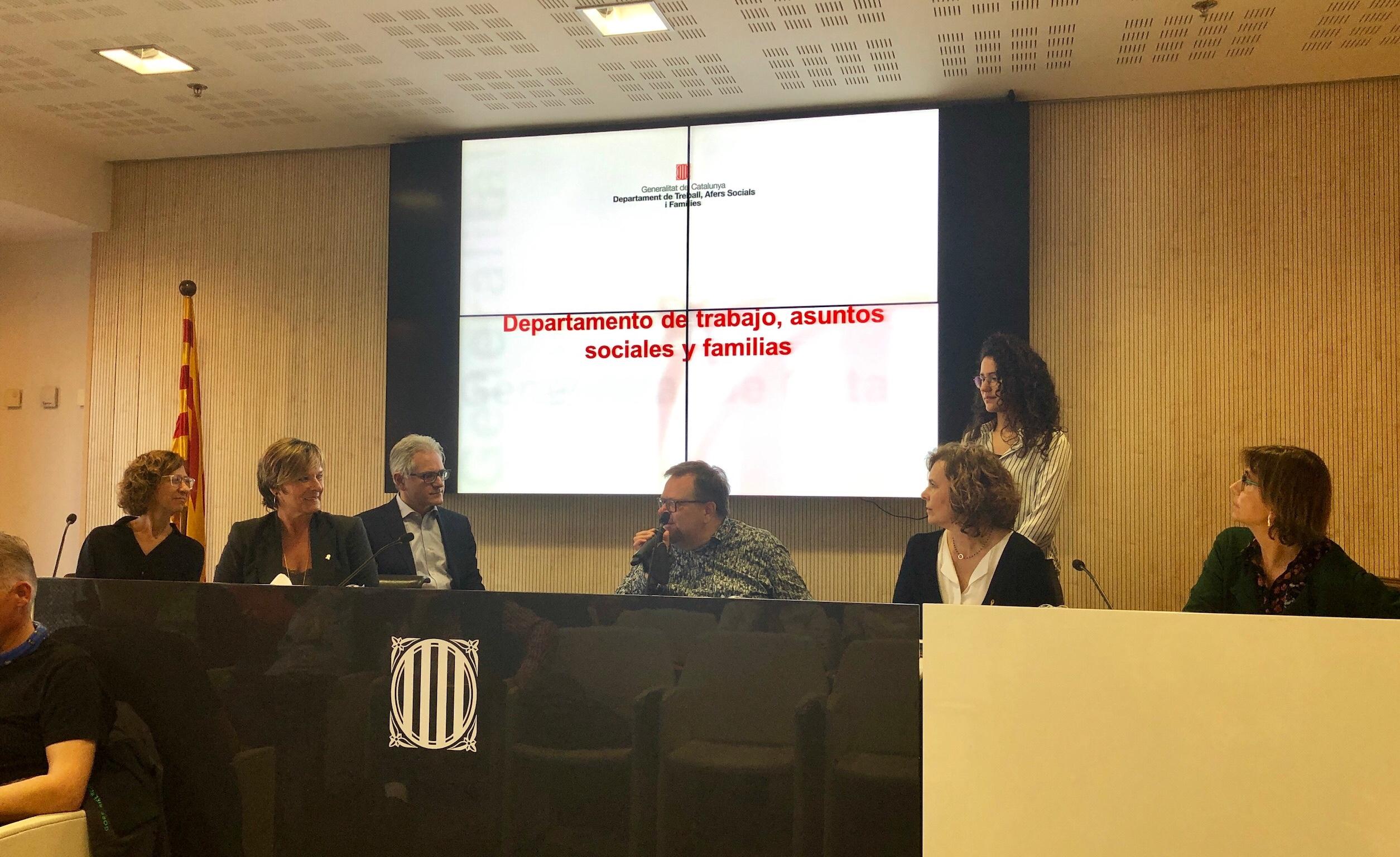 Panel mit Expertinnen und Experten aus dem Sozialministerium Kataloniens